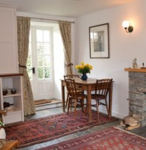 Cosy dining for two in Camlann